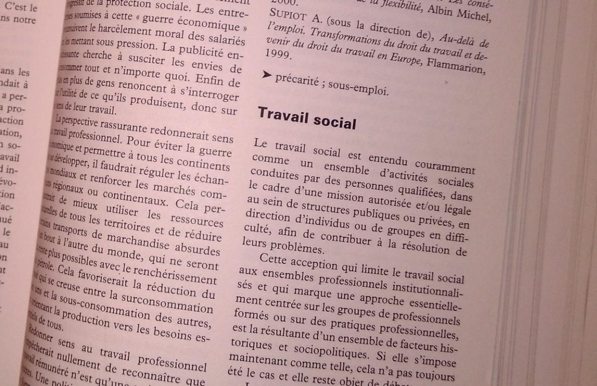 Comprendre la nouvelle définition du Travail Social appelée à être intégrée dans le code de l'action sociale et de la famille